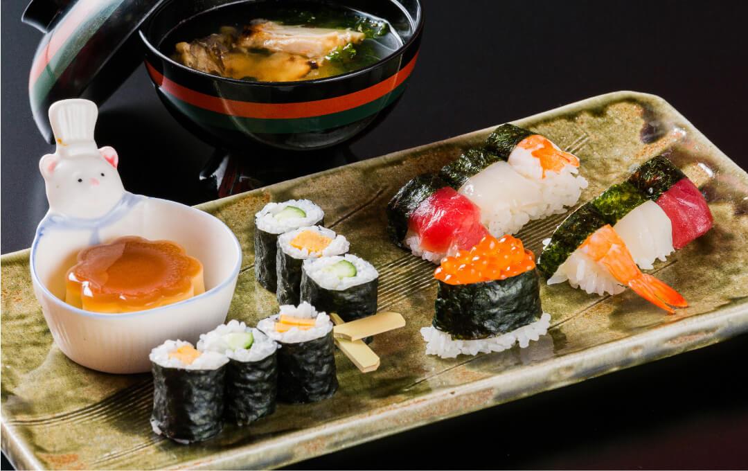 お子様寿司 1,100円